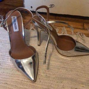 Stunning Silver Metallic Steve Madden heels